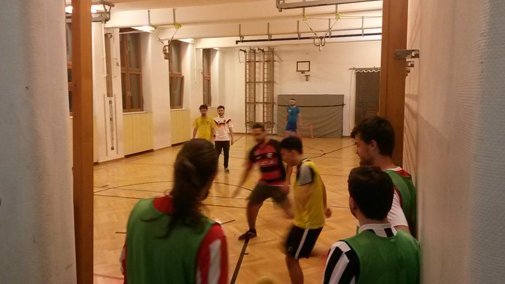 Mitglieder des FKR beim Training in der Halle
